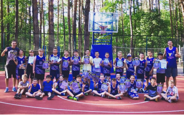 С 29 июня по 8 июля в Спортивно-оздоровительном лагере «Фигуровка» прошли первые сборы для самых юных баскетболистов клуба.