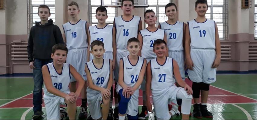 Юные Политехники -2007 приняли участие в первом выездном туре ВЮБЛ