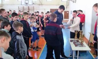 Традиционный новогодний турнир по баскетболу среди детско-юношеских команд.