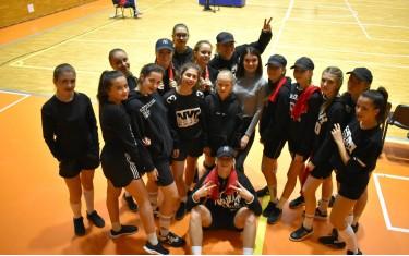 Новая группа поддержки Los Angeles Dance School!
