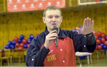 Поздравляем с днем рождения Артема Тинякова!