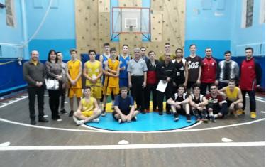 Определились призеры и победители Школьной баскетбольной лиги в Немышлянском районе.