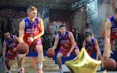 Баскетболисты «Политехника» приняли участие в празднике Посвящения в студенты НТУ «ХПИ»
